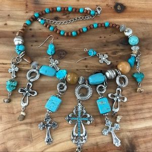 Jewelry - Western turquoise bling necklace & earrings set